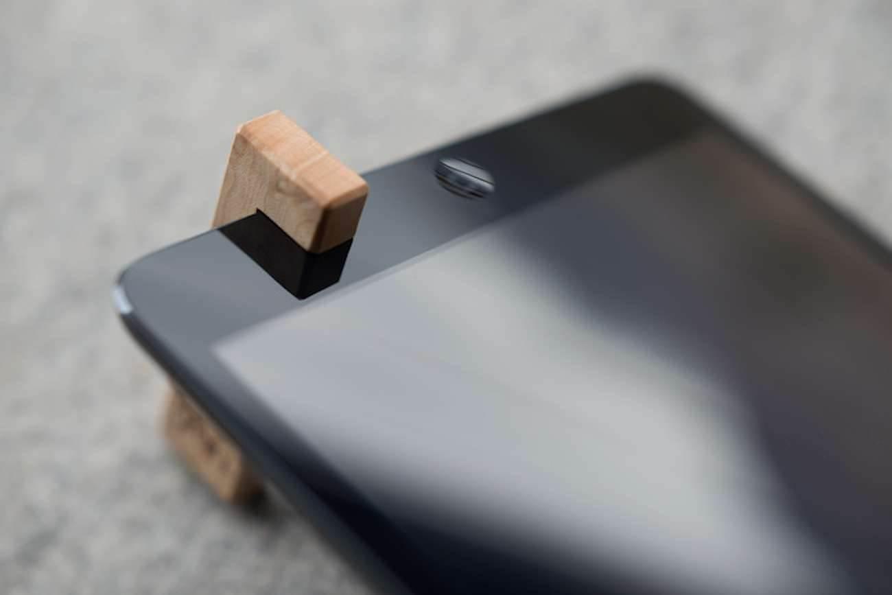 Coburns, czyli minimalistyczny stojak dla iPada nowosci, akcesoria Akcesoria   4aa9e31385613c297dcbeb10debd350c large
